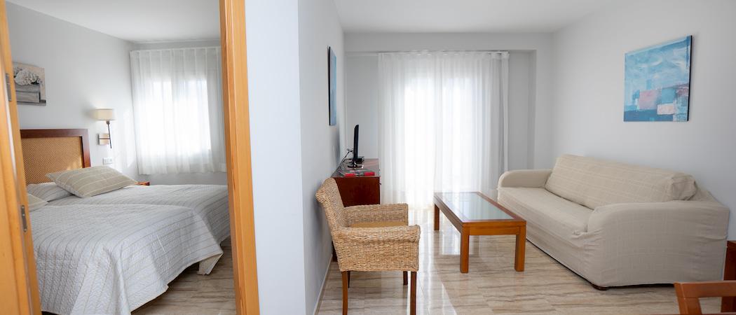 Apartamentos y Estudios totalmente equipados y renovados