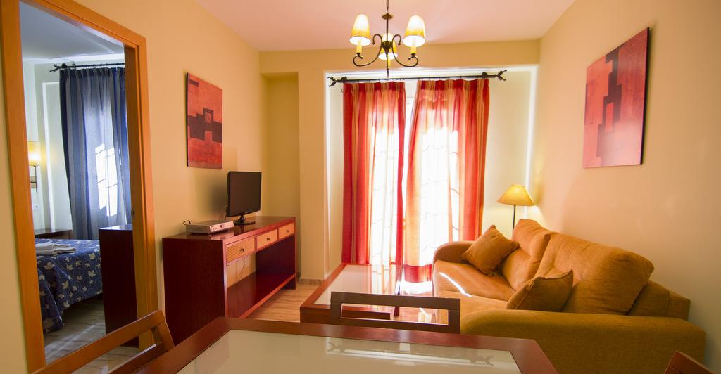 Apartamentos y Estudios totalmente equipados